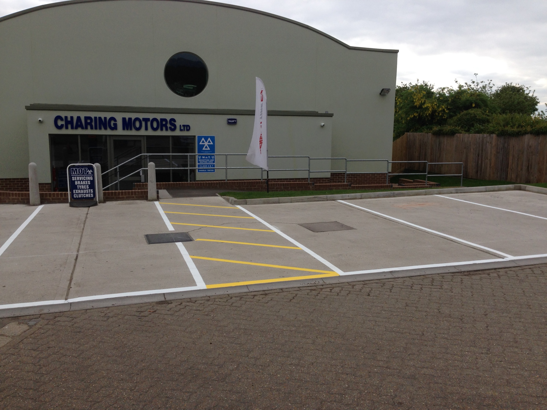Car parking markings - Ashford, Kent (After)